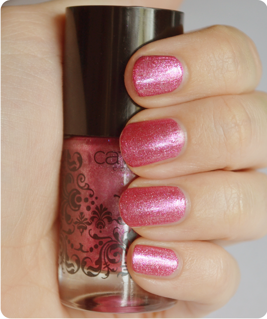 Catrice PINKROQUE Arts Collection Swatch