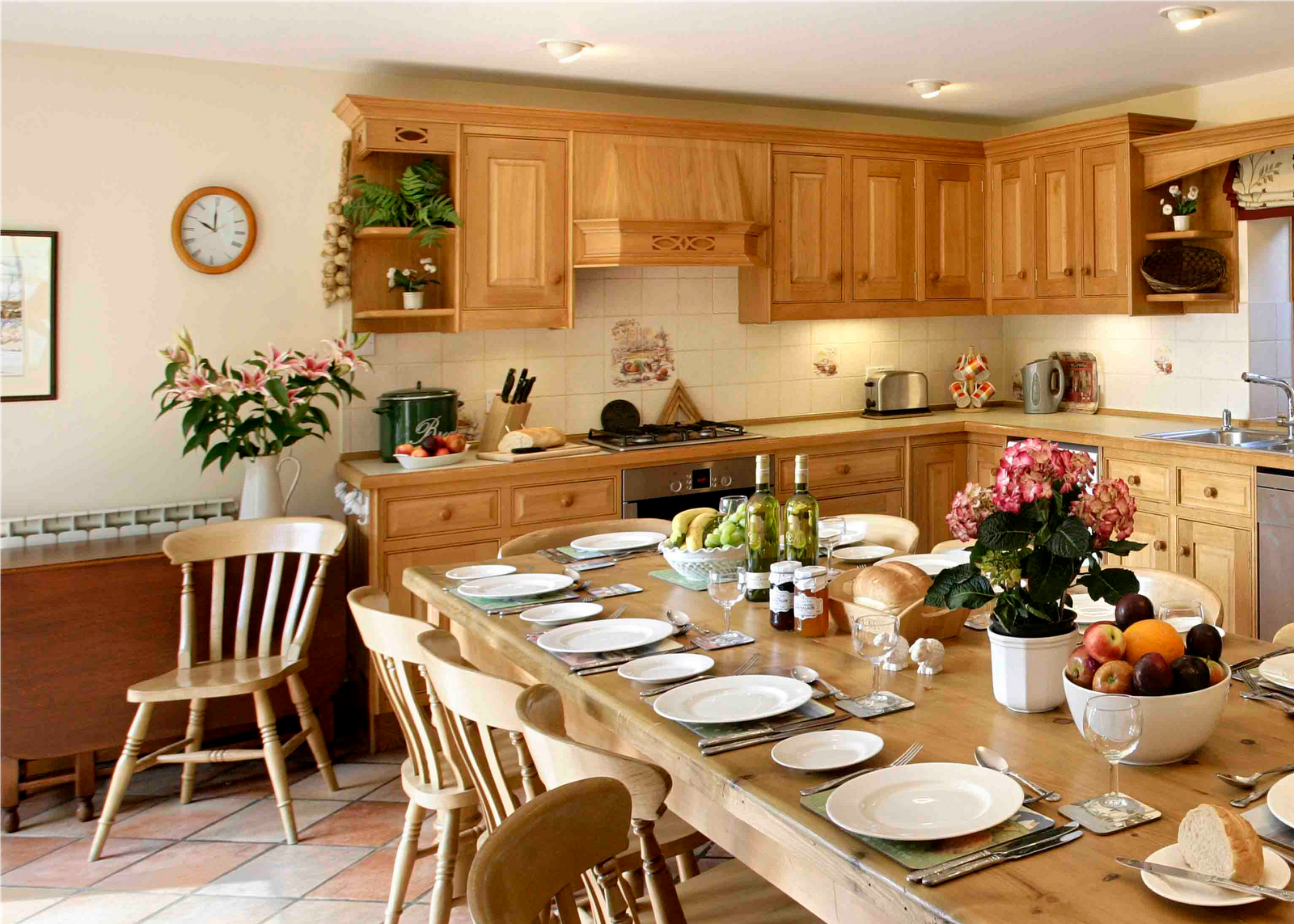 English country kitchen ideas room design ideas for Country kitchen decor