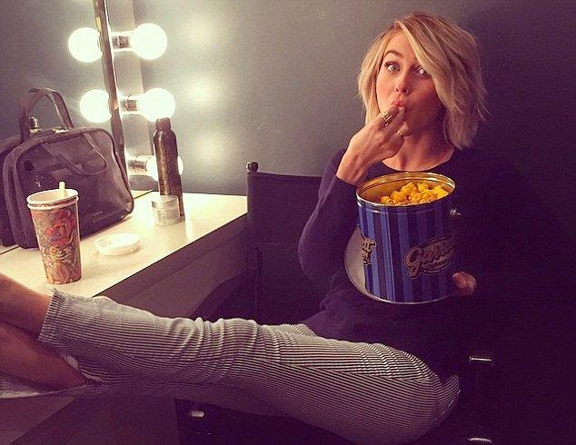 """Getting ready for toning! I only come for the popcorn! JK I can't wait,"" Julianne shared her moment in relaxing time with eating a popcorn into her Instagram account."