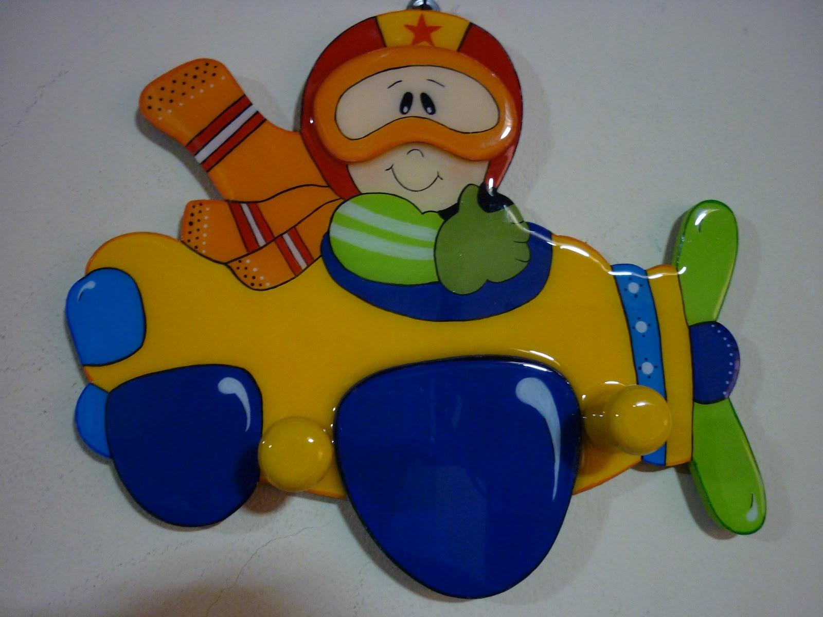 Manualidades decomagic art percheros infantiles - Percheros pared infantiles ...