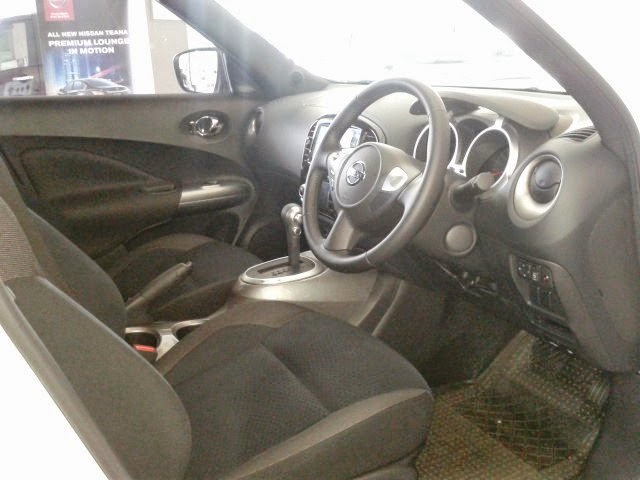 Interior Nissan Juke RX