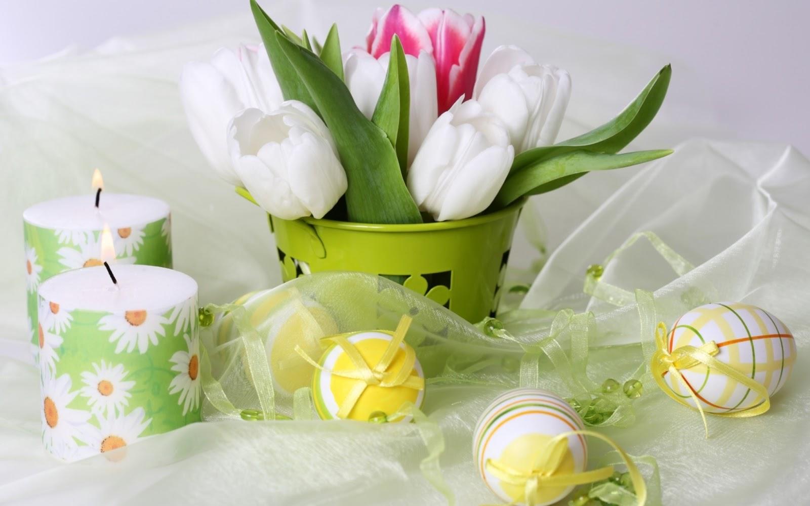 Im  Genes De Huevos Y Conejos De Pascua Entre Las Flores