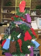 Mitten Tree at Roselle Public Library