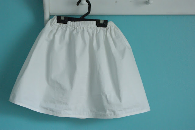 white Oliver + S Lazy Days Skirt