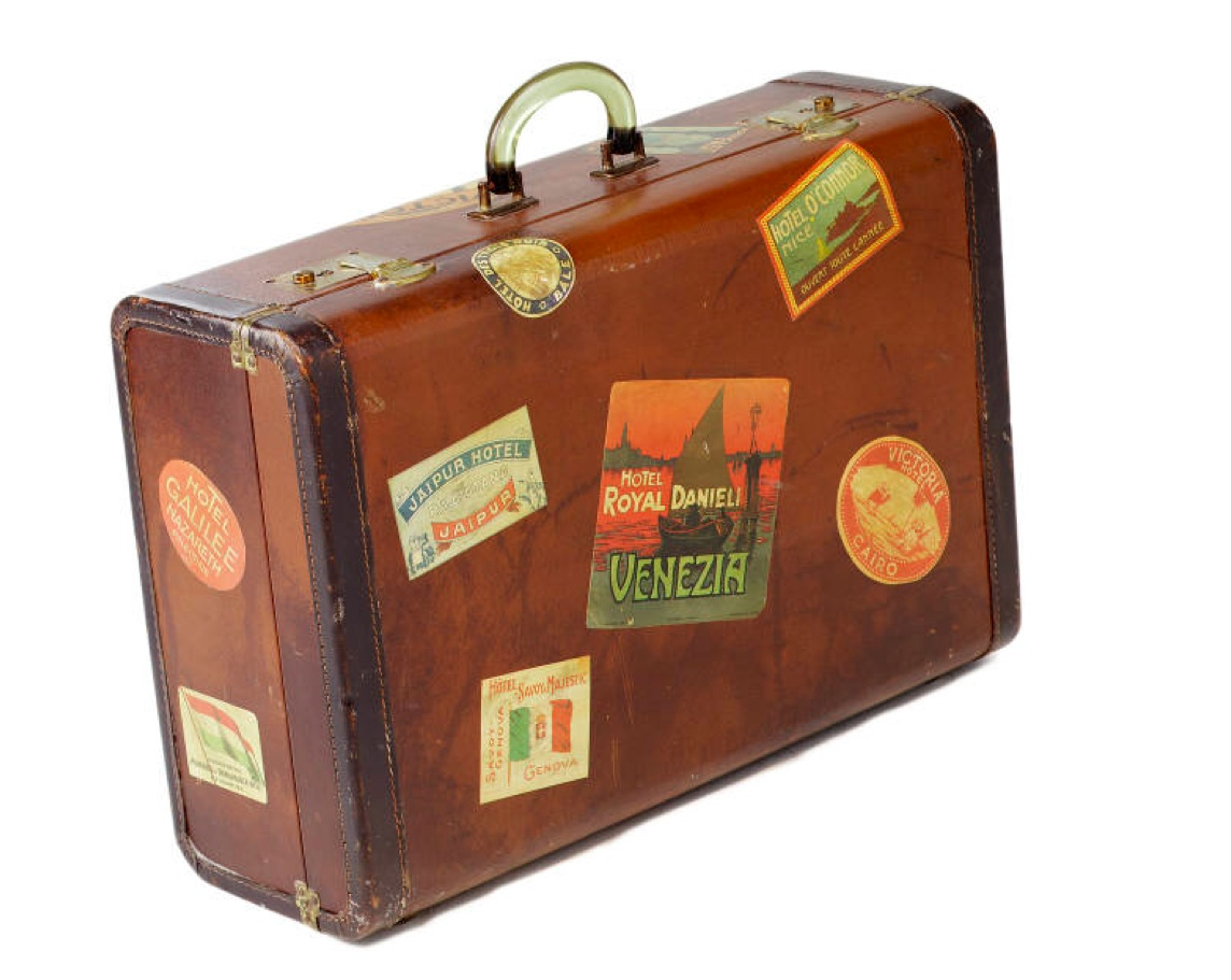 Dpl news views the lost suitcase - Vintage suitcase ...