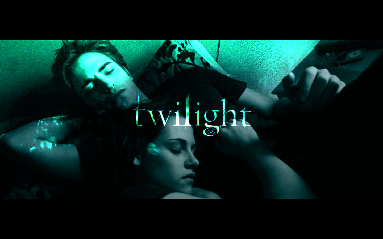 http://3.bp.blogspot.com/-HvplrWH1QZY/UBP8vypDpKI/AAAAAAAAGqM/LAJE7Y5Axyo/s1600/Twilight-twilight-movie-15538988-1440-900.jpg