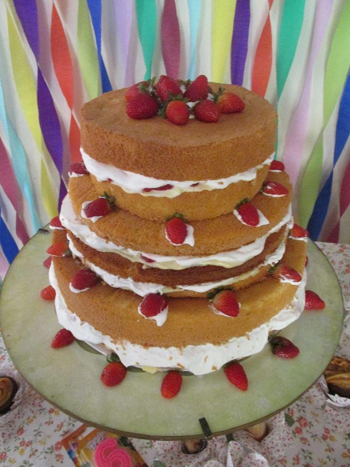 Naked cake Luiza