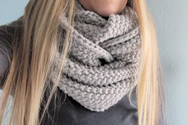 Tejido  Patrones de tejido  Cuellos y bufandas tejidos en 2 agujas · Knitted cowls