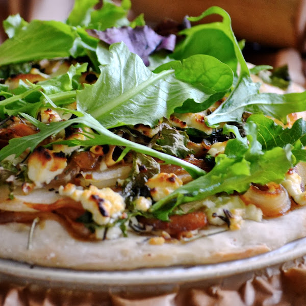 Pear Goat Cheese Pizza with Caramelized Onions