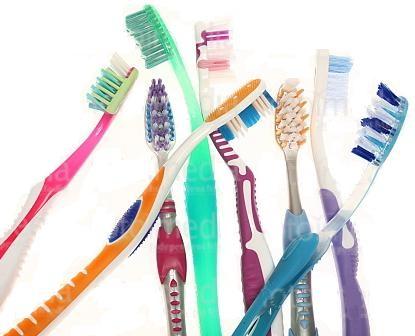 Какие бывают зубные щетки