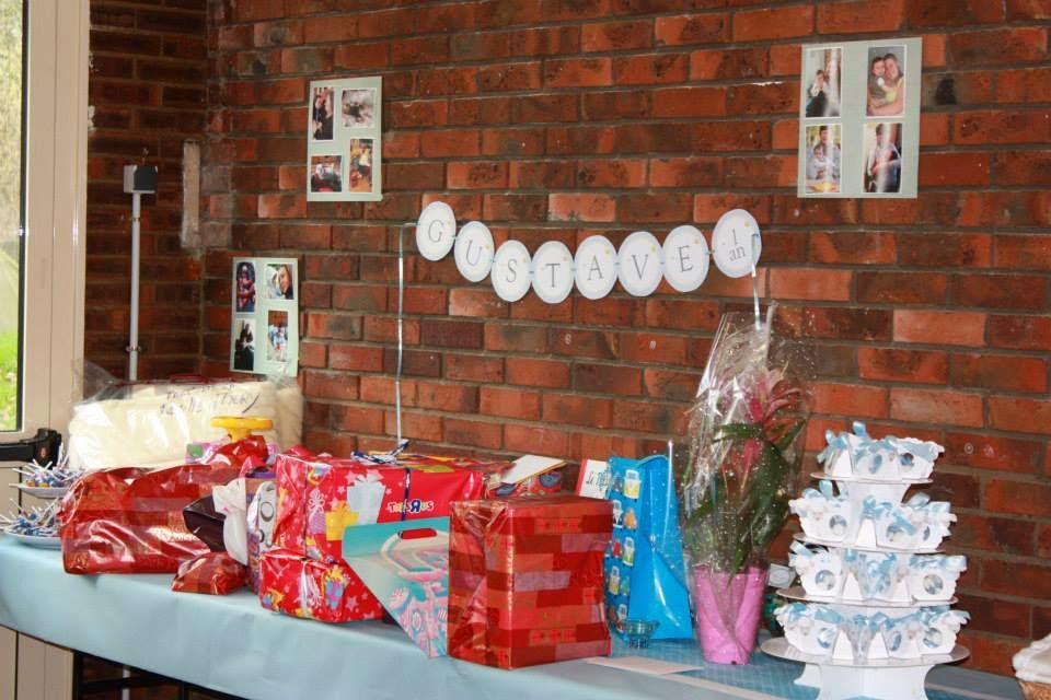 table de cadeaux