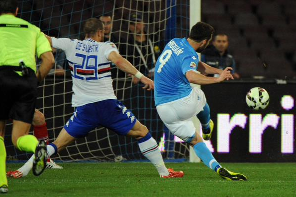 Results : Napoli 4-2 Sampdoria 27 April 2015