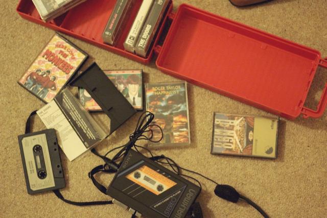 Sony Walkman WM-25, Cassette tapes Monkees, Ringo Starr, Roger Taylor, The Doors