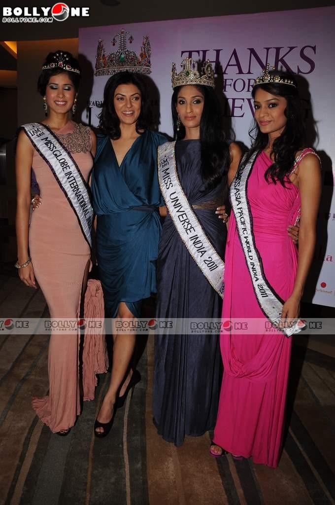 , Wadhawan Lifestyle I Am She 2011 Title Winners With Sushmitha