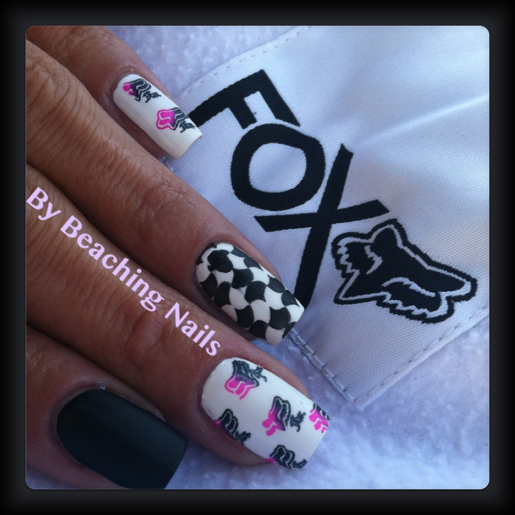 Surfer Girl aka Beaching Nails: Fox Racing Nails