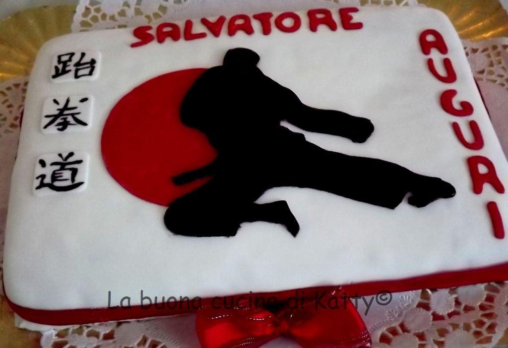 La buona cucina di katty torta di karate for Decorazione torte karate