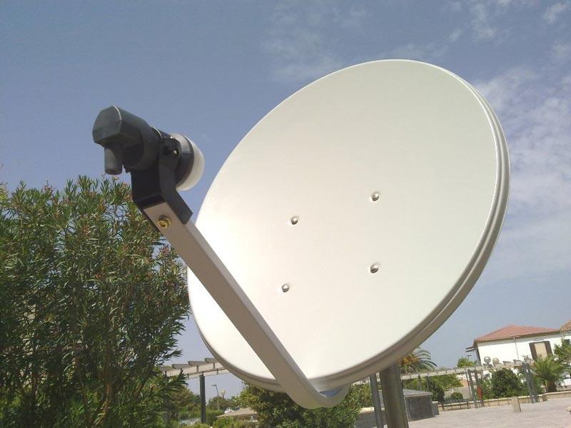 Colocación de antenas parabólicas y TDT