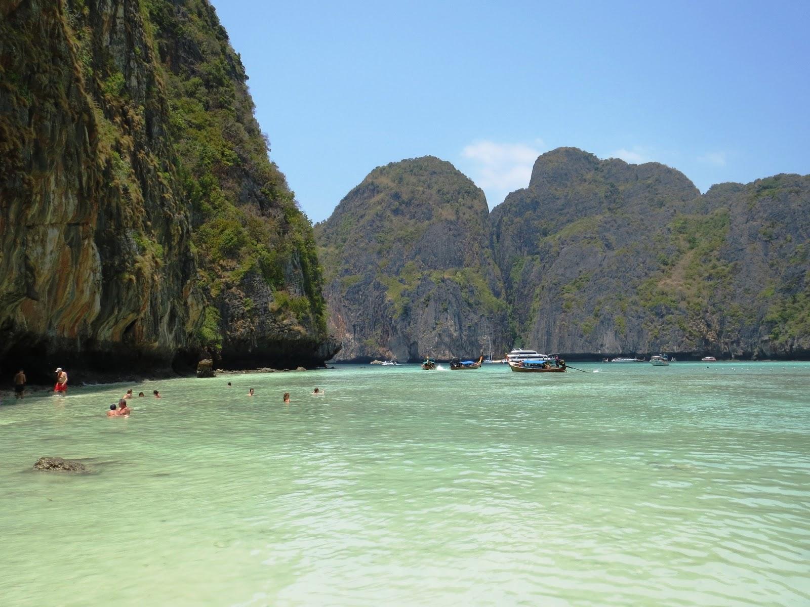 phi phi saar