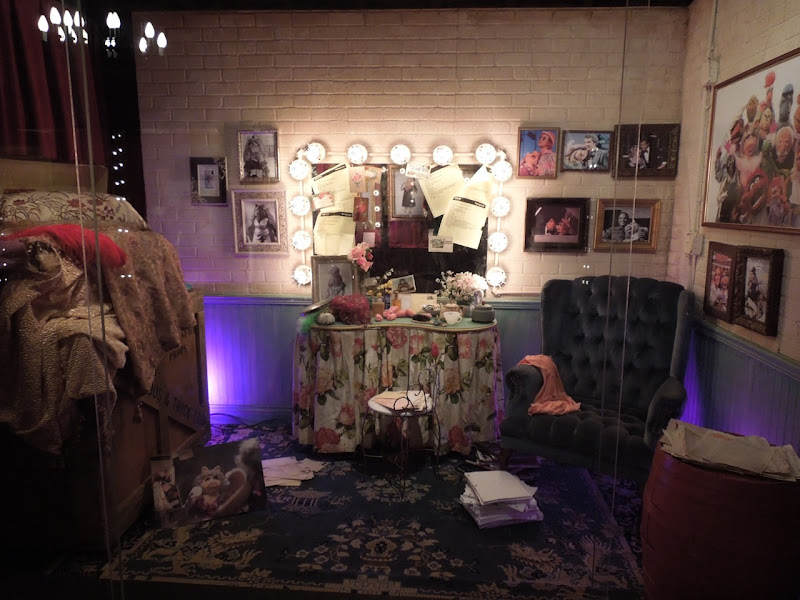 Miss Piggy Dressing Room set The Muppets