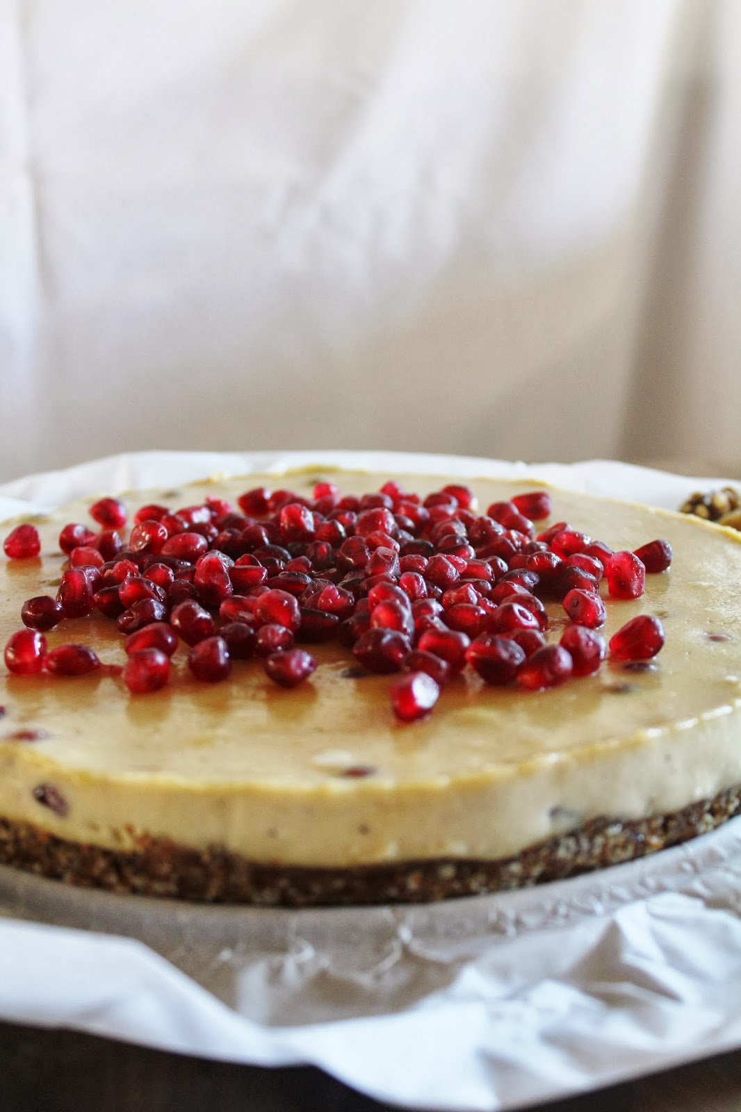 This Rawsome Vegan Life: CASHEW CITRUS CREAM CAKE with POMEGRANATE