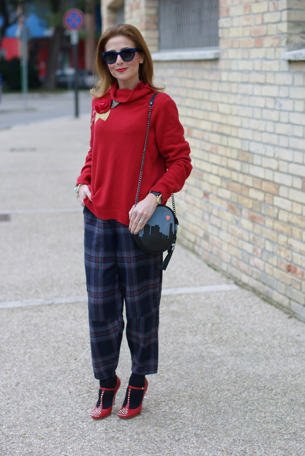 Choies Plaid pants, Rosè a Pois sweater and Miu Miu Mary Jane pumps on Fashion and Cookies fashion blog, fashion blogger style