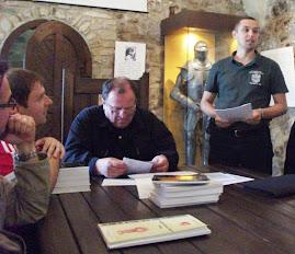 Aspect din timpul comunicării d-lui Paul Daniel Nedeloiu, Zilele Cetăţii Neamţ, 3 iulie 2011....