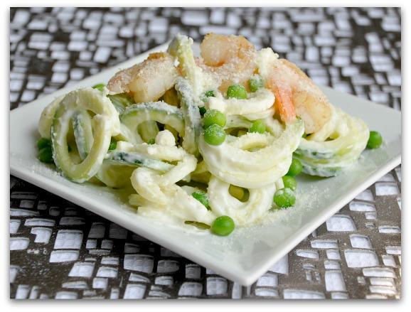 zucchini pasta shrimp alfredo