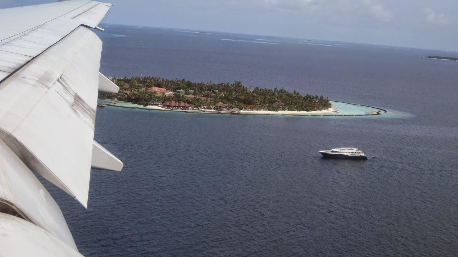 Atolón de Las Maldivas desde el aire