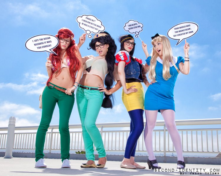 www.britskipper.com: Comic Con 2012- Hipster Princesses