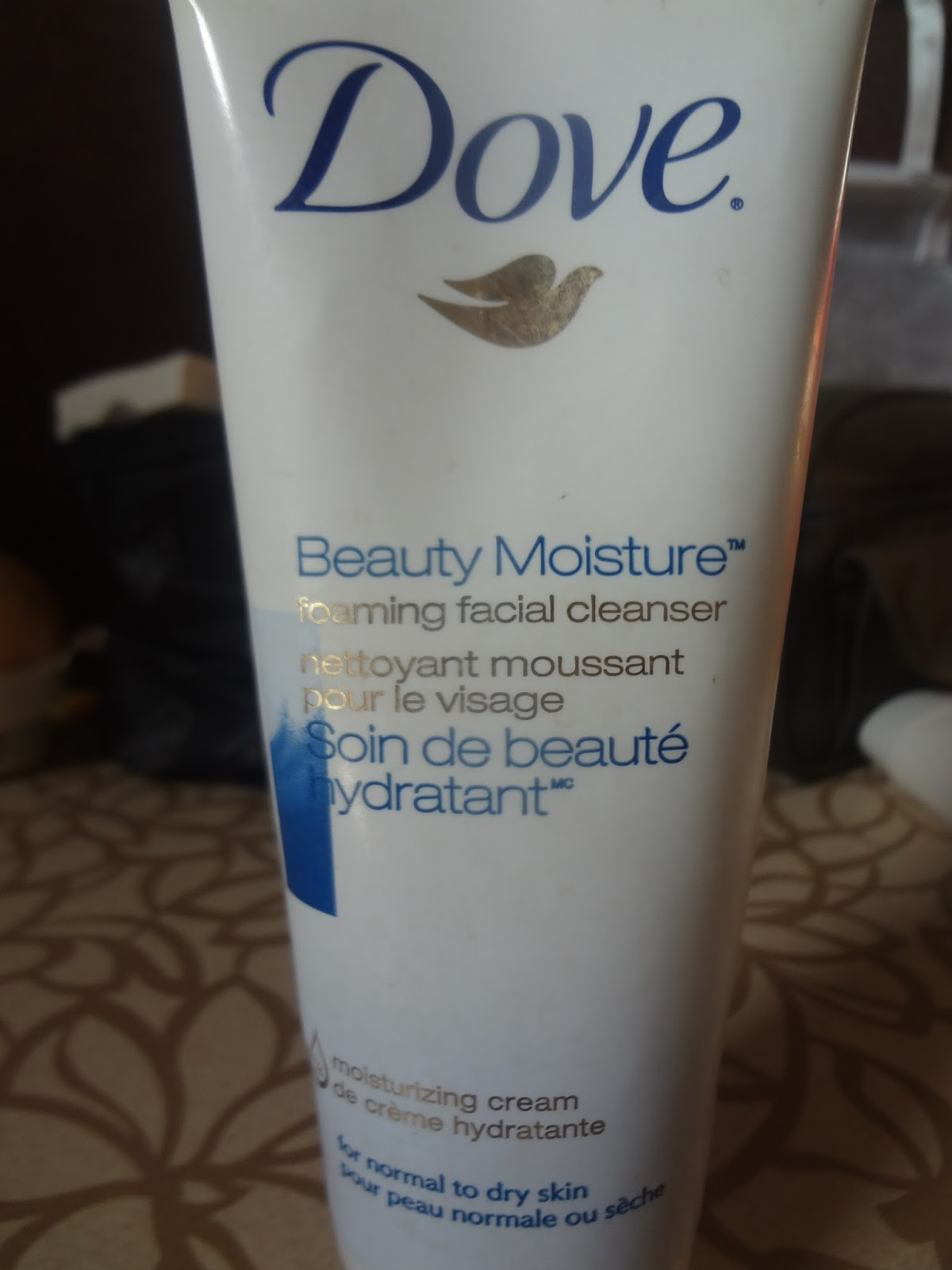 Dove foaming facial cleanser that you