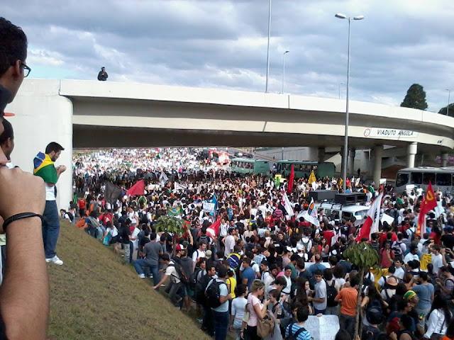Confira as fotos dos protestos pelo Brasil: vem pra rua