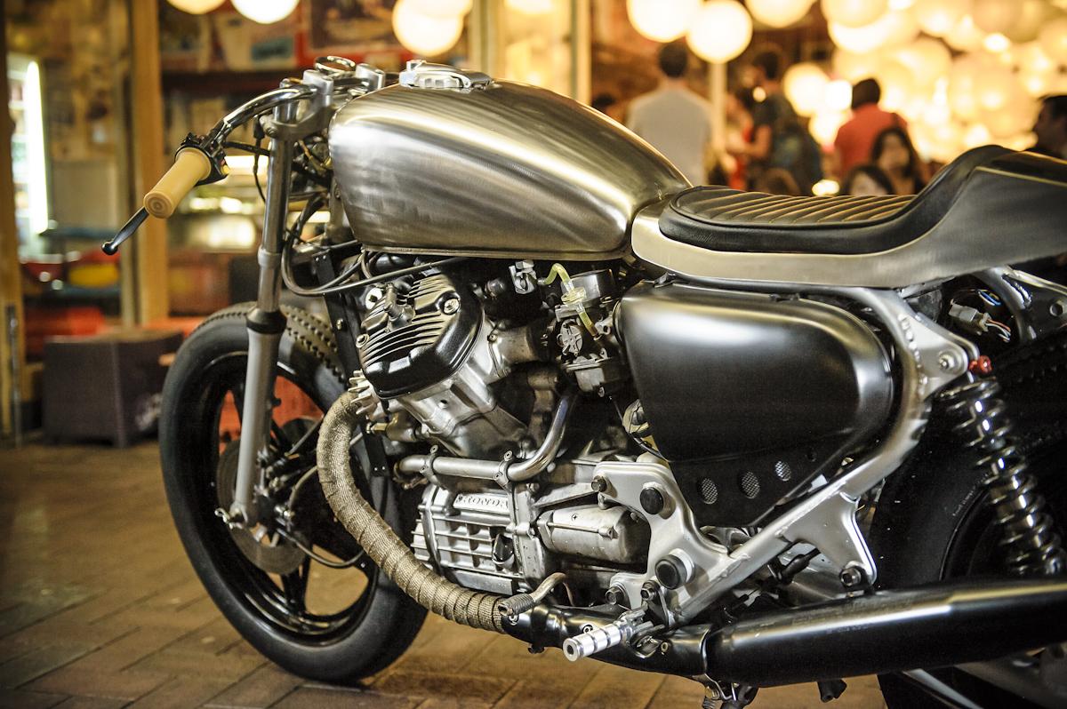 Milchapitas kustom bikes honda cx500 by garage project for Garage custom moto