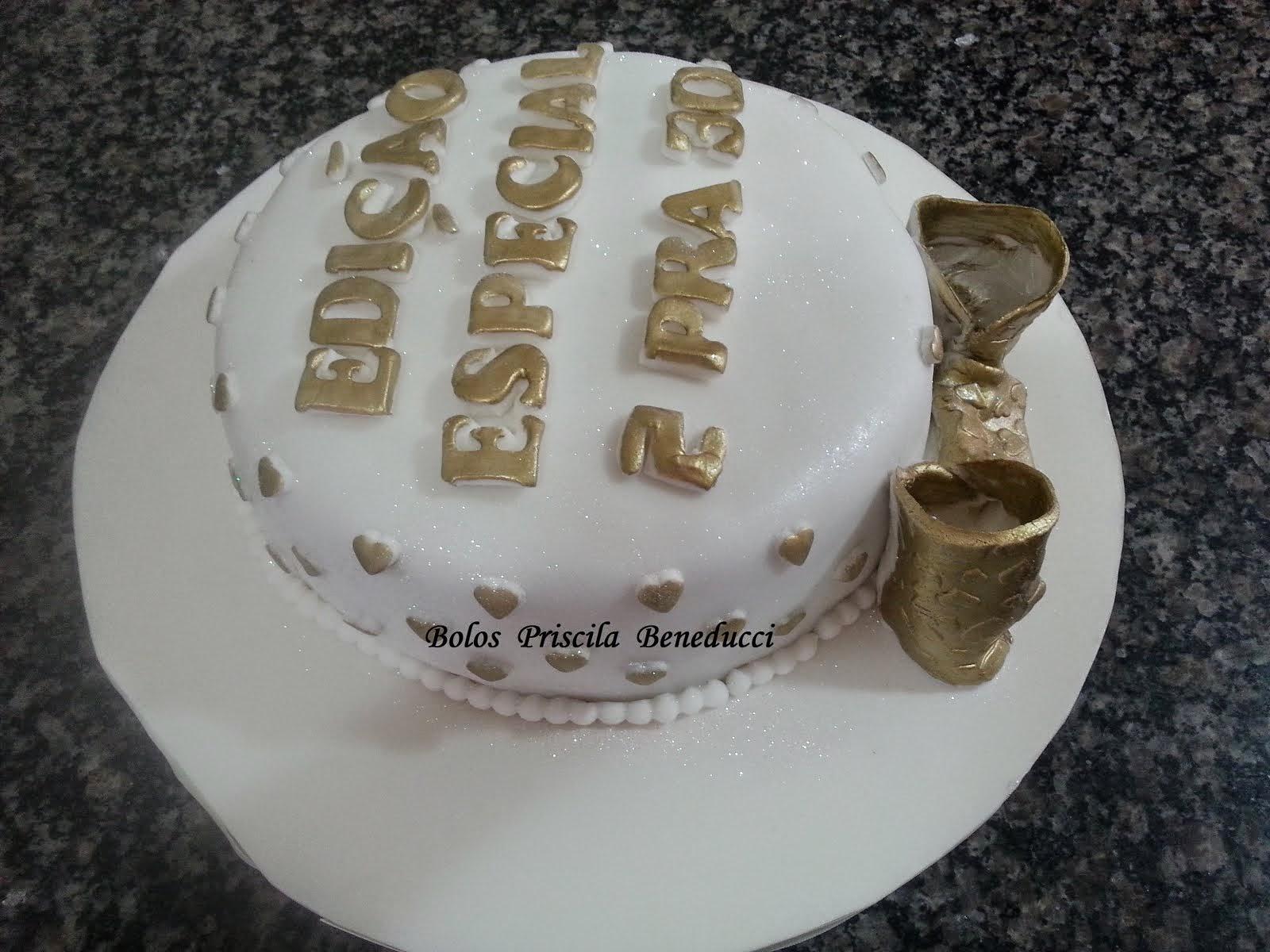 Bolo Dourado Feminino