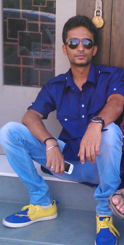 About Chandresh Rana