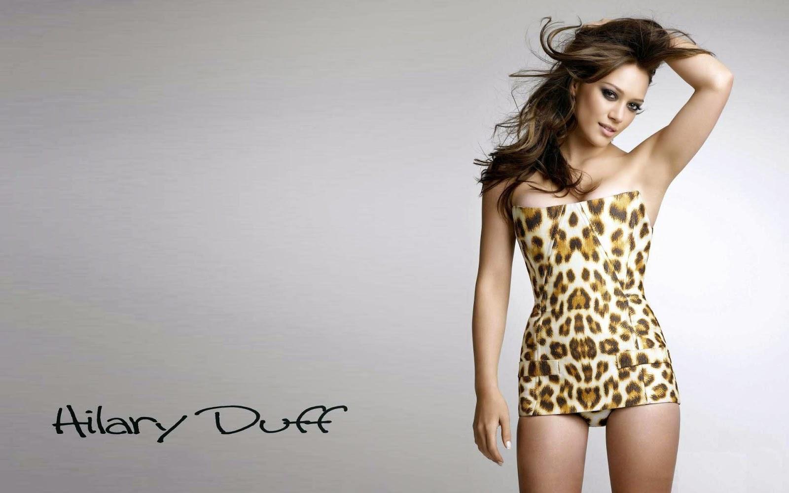 Hilary duff short top cloth wallpapers