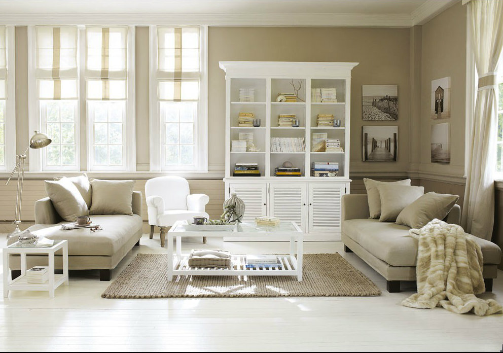Maisons du monde a cottage by the sea cottagestyleblogs - Salon beige et blanc ...