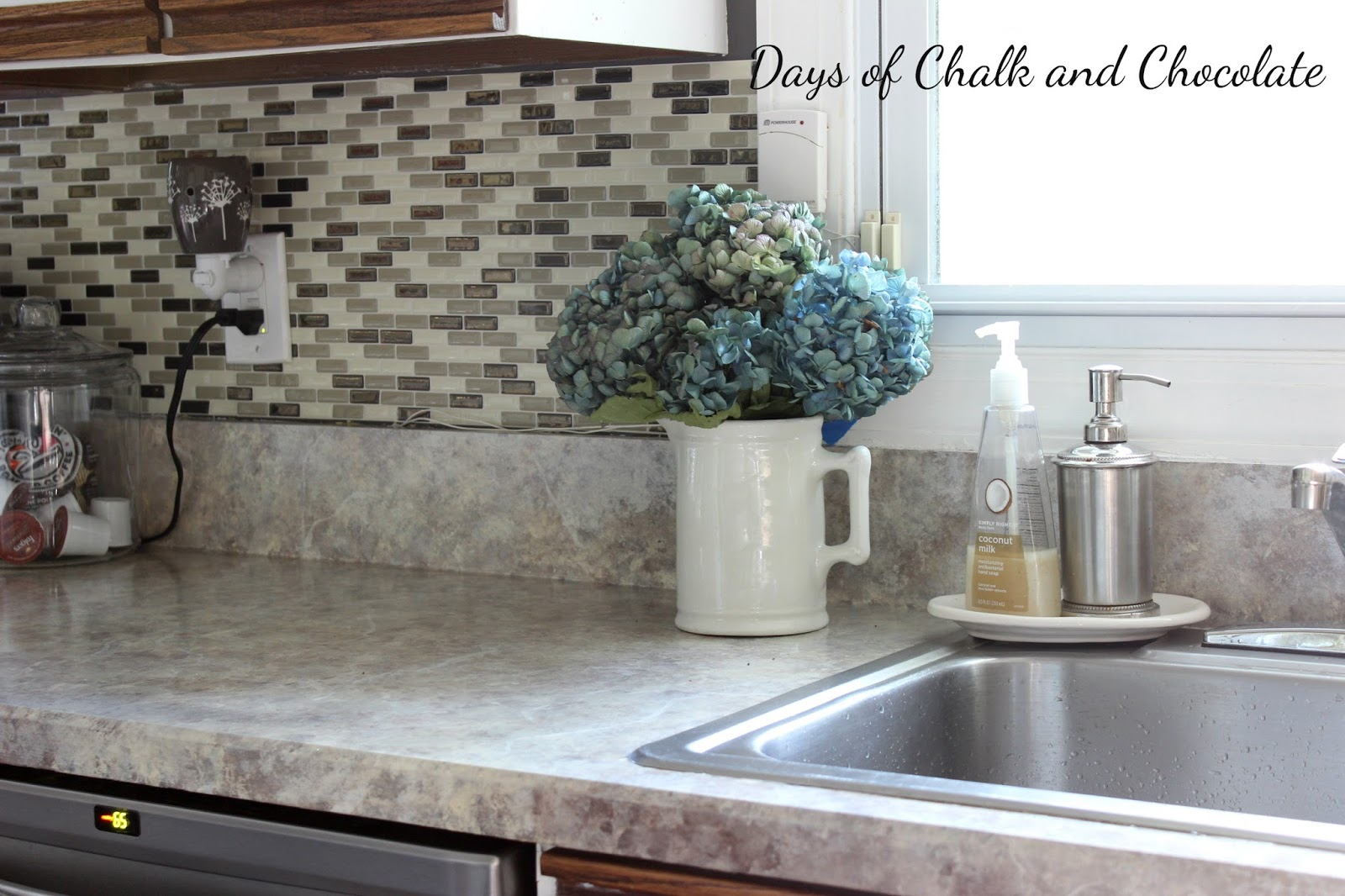 Painted faux stone countertops days of chalk and chocolate for Can you paint granite countertops