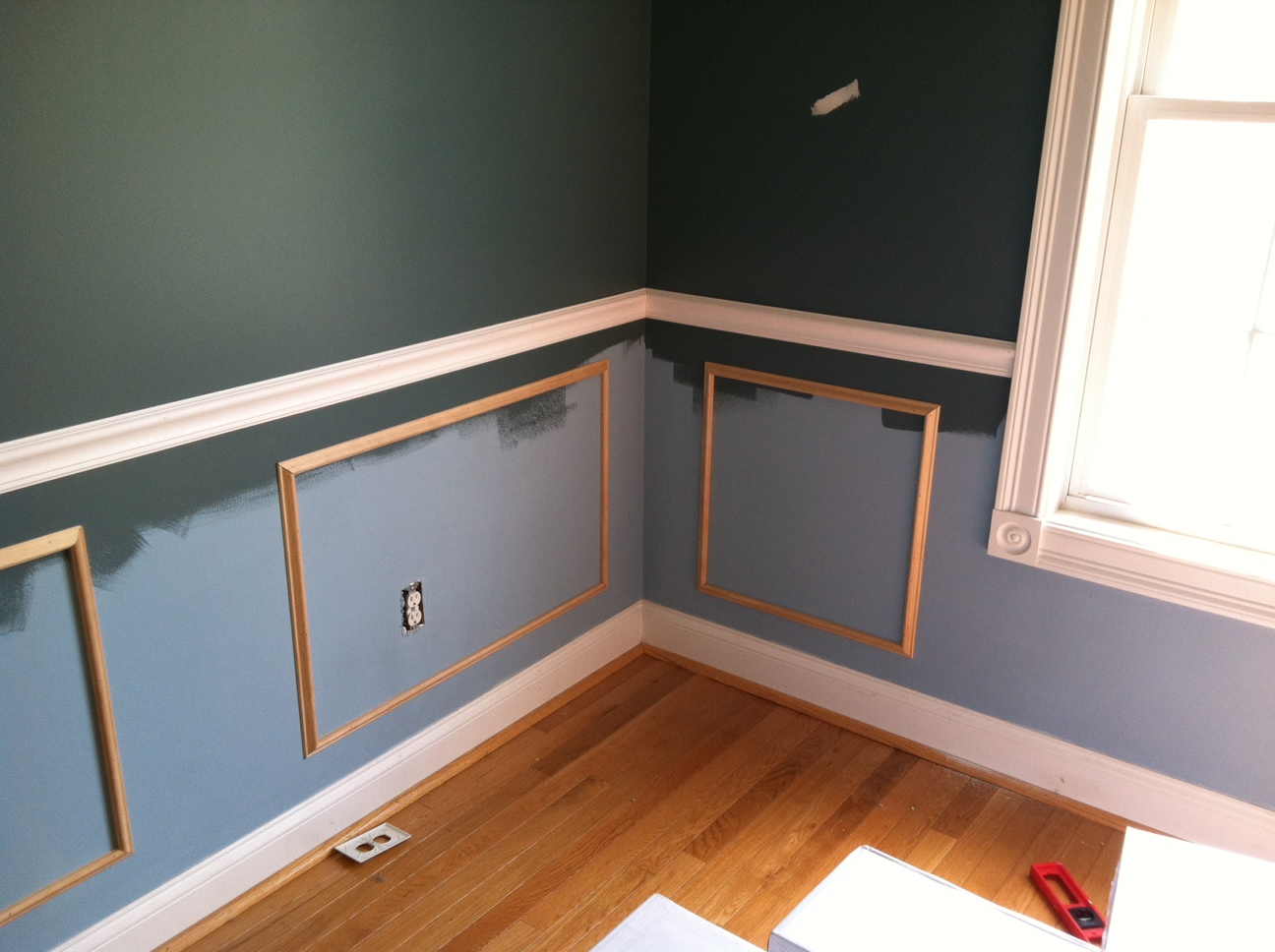 Making A Chair Rail Part - 42: The Room Stylist