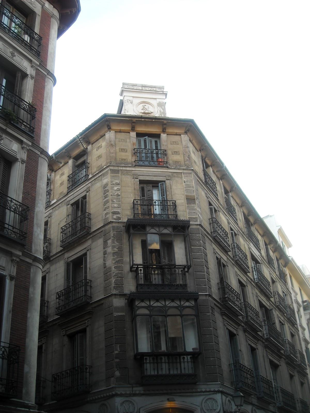 Calle san bernardino y sus tesoros el madrid de los - Artesanos de madrid ...