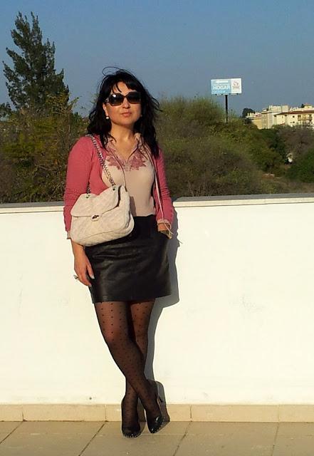 outfit+con+falda+corta+piel