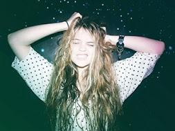 no estamos locas, nos gusta expresar nuestra alegria :)