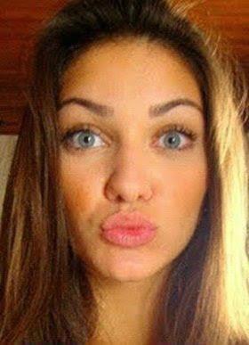 Morenas Fake De Meninas Dos Olhos Azul