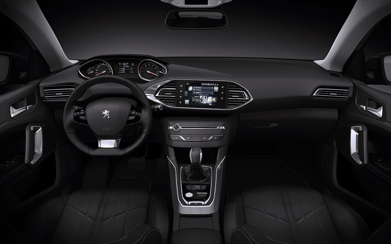 New Peugeot 308 SW - Sleek and Spacious dash