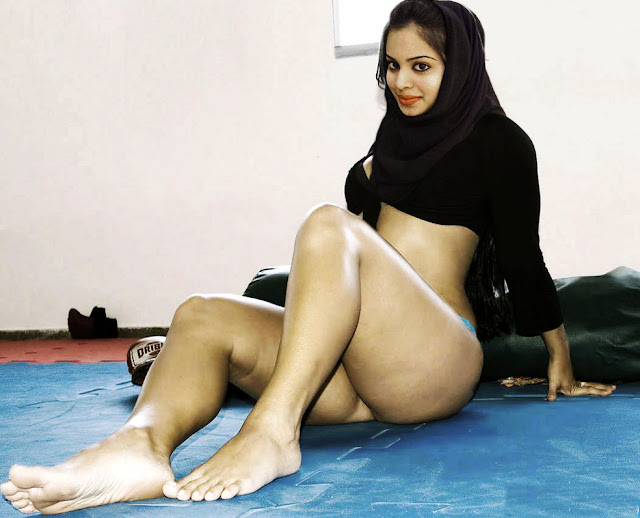 nude indian girls for to age