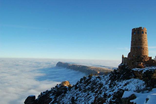 Cada 10 años un río de niebla llena el Gran Cañón.