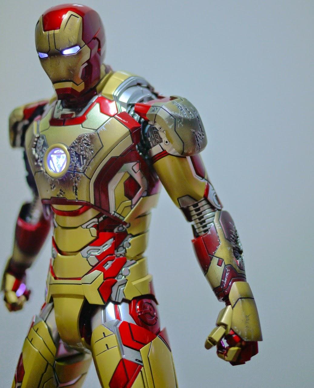 Marvel Iron Man Marvel Legends Iron Man Mark 42 Figure 6