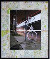 Bicicleta Fantasma enmarcada con Guía Roji.