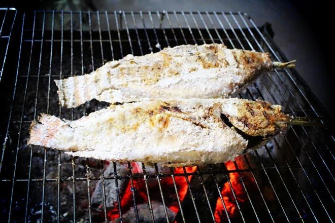 Kết quả hình ảnh cho Cá nướng muối thái lan