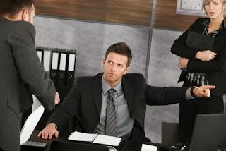 Len strážením úloh udrží stres šéfa na uzde