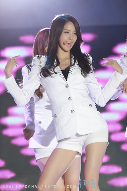 Sexy Yoona on the Stage